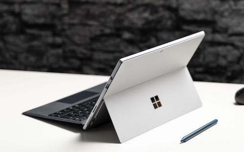 MICROSOFT'S SURFACE PRO 6 QUAD-CORE 2 IN 1 TABLET PC